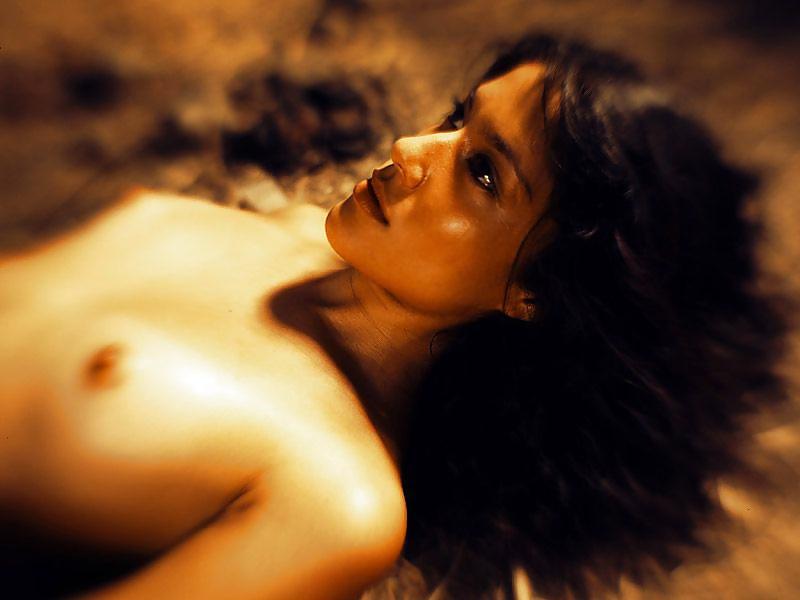 Hübsche junge Dirnen in kostenlosen Nacktbildern